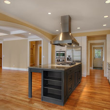 Traditional Kitchen by Shuler Architecture