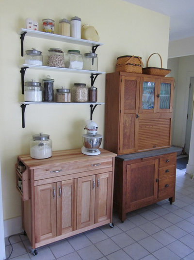 Traditional Kitchen Baking Center