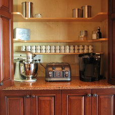 Traditional Kitchen by MRF Construction, Inc.