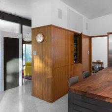 Midcentury Kitchen by Rick & Cindy Black Architects