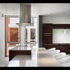 contemporary kitchen by baldinger-studio.com