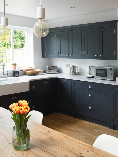 Best Farmhouse Kitchen With Black Cabinets Design Ideas Amp Remodel Pictures Houzz