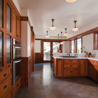 Kitchen - craftsman kitchen idea in San Francisco with shaker cabinets and stainless steel appliances