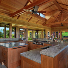 Tropical Kitchen by Smith Brothers Construction