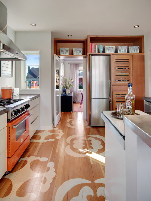 Stand alone refrigerator home design ideas pictures remodel and decor Modern kitchen design ideas houzz