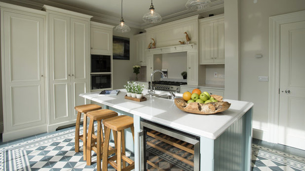 Country Kitchen by Kerwood Design
