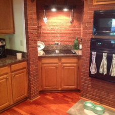 Traditional Kitchen by E & D Granite City