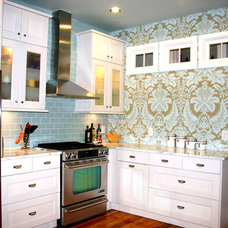 Eclectic Kitchen by Charleene's Houses, LLC
