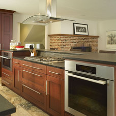 Eclectic Kitchen by Sweetbriar Cabinetry & Design, Inc