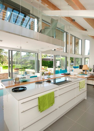 Contemporary Kitchen by McKenzie Strickland Associates