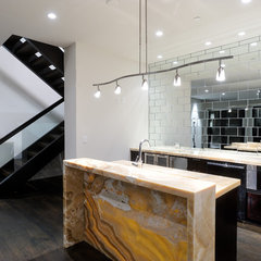 modern kitchen by Forum Phi