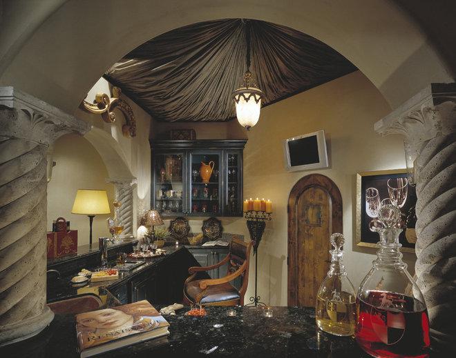 Mediterranean Kitchen by VM Concept Interior Design Studio