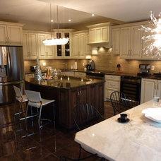 Traditional Kitchen by Barbara Purdy - Purdy & Associates Design