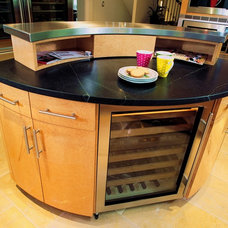 Contemporary Kitchen by Kitchens & Baths Unlimited