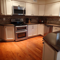 Traditional Kitchen by Tinkermen's Construction, Inc.