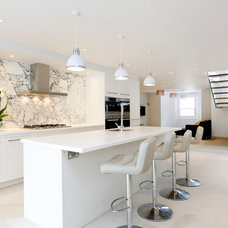 Contemporary Kitchen by Arc8 Projects Ltd.