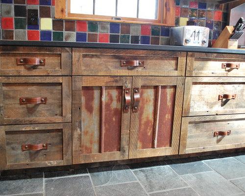Barnwood Kitchen for Log Home