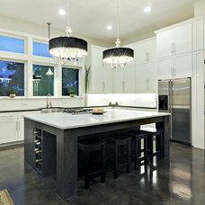Contemporary Kitchen by John Cameron Custom Homes