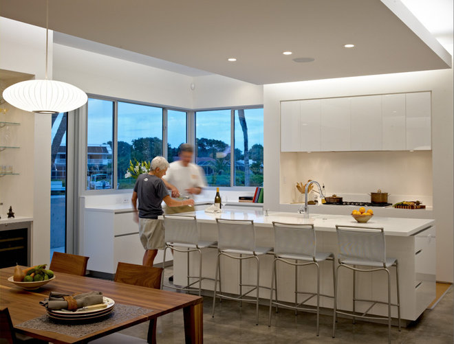 Modern Kitchen by Sanders Pace Architecture
