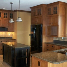 Traditional Kitchen by Long Custom Homes Building and Remodeling