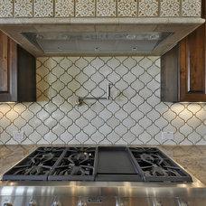 Mediterranean Kitchen by Capstone Custom Homes