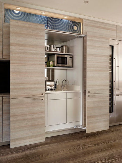 Contemporary Kitchen by Poggenpohl Wigmore Kitchens