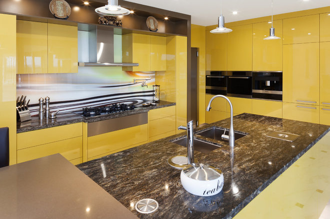 Modern Kitchen by Kitchen Capital WA