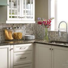 Traditional Kitchen by New Ravenna Mosaics