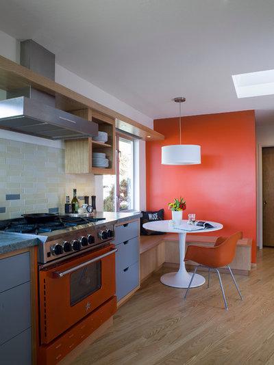 Color en la cocina: cómo pintarla para que parezca más grande