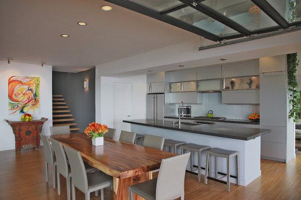 Contemporary Kitchen by Gardner Mohr Architects LLC
