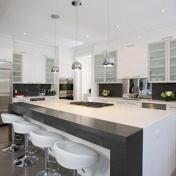Bayview & York Mills Modern