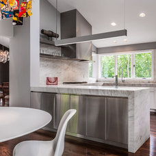 Contemporary Kitchen by KICK Interiors LLC