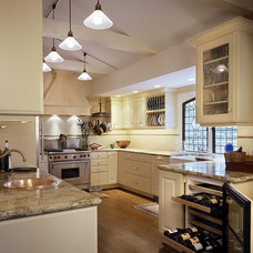 Traditional Kitchen by Baywolf Dalton, Inc.