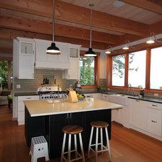 Rustic Kitchen by Streamline Design Ltd. - Kevin Simoes