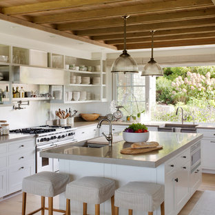 75 Beautiful Farmhouse Kitchen With Light Wood Cabinets Pictures Ideas December 2020 Houzz