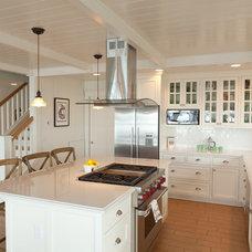 Beach Style Kitchen by Sykora Home Design