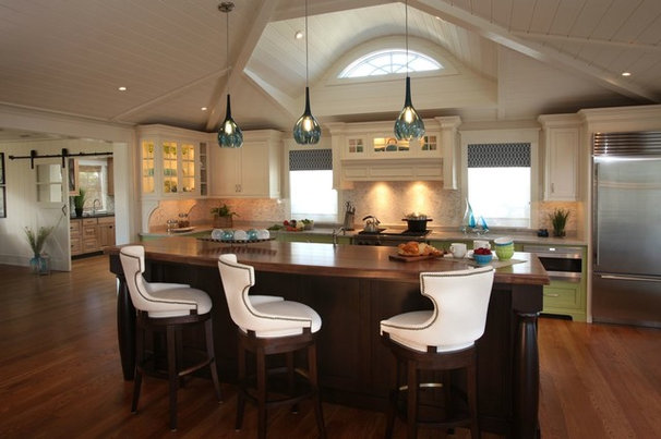 Contemporary Kitchen by Beach Dwellings