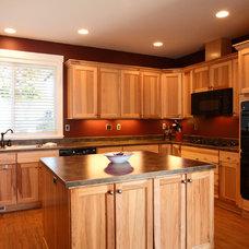 Beach Style Kitchen by Cornerstone Builders Inc