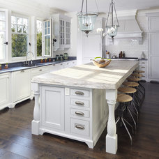 Beach Style Kitchen by The Anderson Studio of Architecture & Design