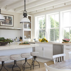 modern kitchen by Kate Jackson Design