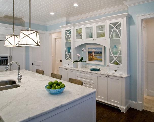 Traditional Kitchen by Studio M Interior Design, Inc.
