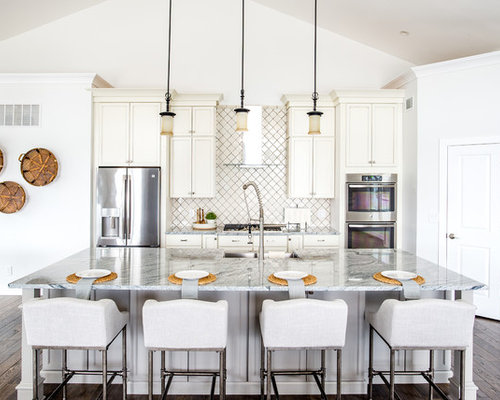 Mid Sized Beach Style Open Concept Kitchen Remodeling   Inspiration For A  Mid Sized