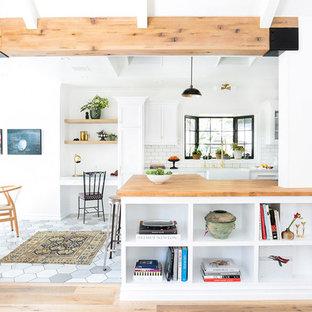 75 Most Por Beach Style Kitchen with a Peninsula Design Ideas ... U Shaped Peninsula Kitchen Designs Subway Les on