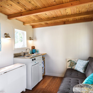 Beach Tiny House - Kitchen, Living, Dining