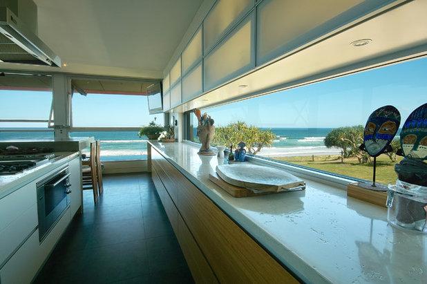 Beach Style Kitchen by Skale Building Design