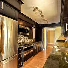 Contemporary Kitchen by Palm Brothers Inc.