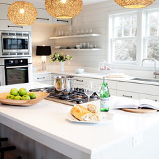 Contemporary Kitchen by Greenfield Cabinetry