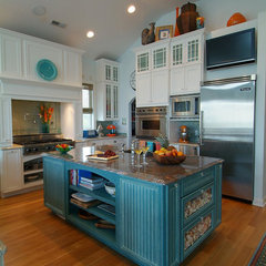 tropical kitchen Beachy kitchen
