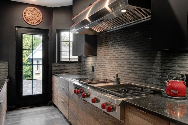 Kitchen by Cuisines Vima Design