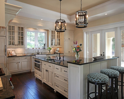 Elegant l-shaped kitchen photo in Tampa - Ubatuba Granite Houzz
